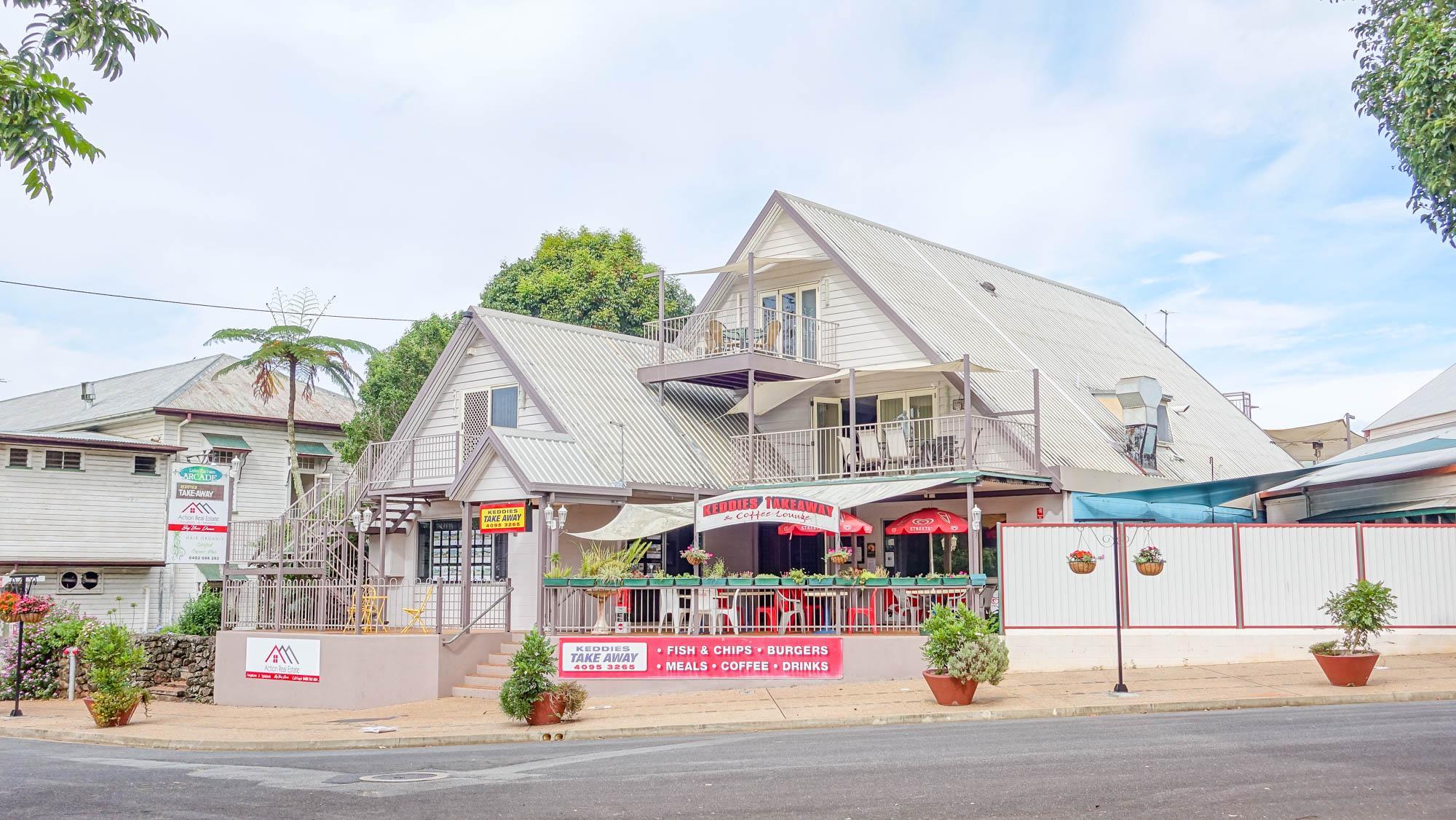 Yungaburra Village - Luxury Spa Villas and Executive